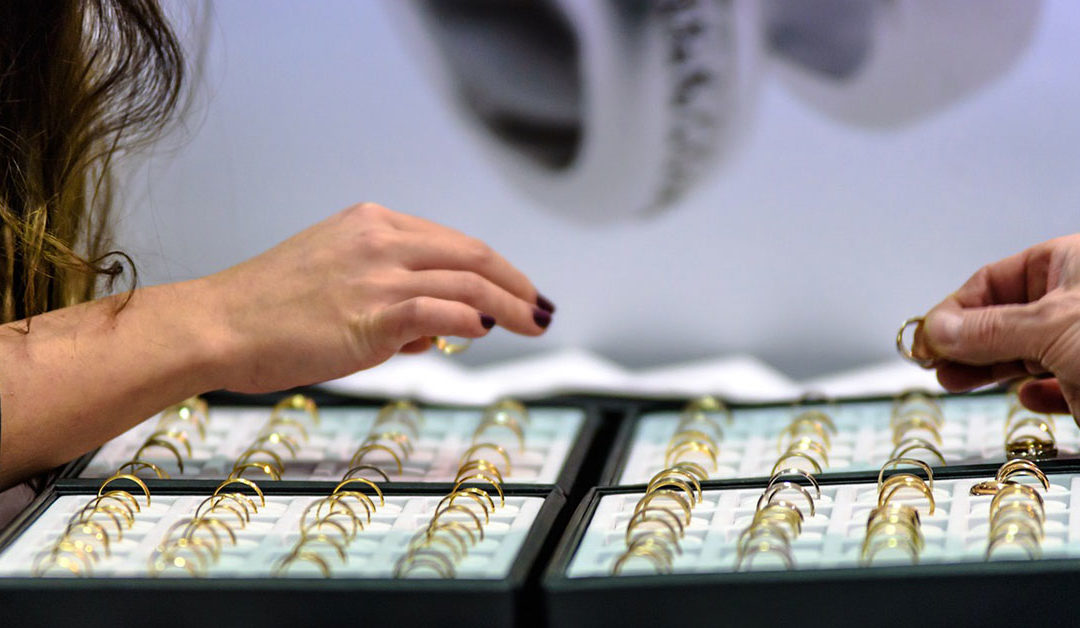 A Guide to Choosing a Great Jeweler
